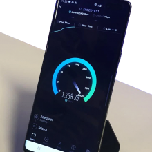 Samsung 5G mobile phone running speedtest on Telstra network